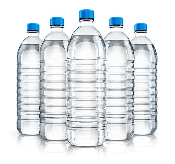 3 เหตุผลที่คุณจะปลอดภัยจากการดื่มน้ำจากขวดพลาสติก